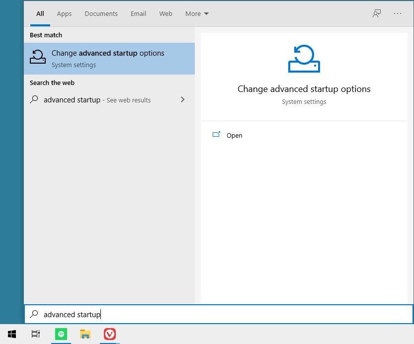 Mencari Advanced Startup Windows 10